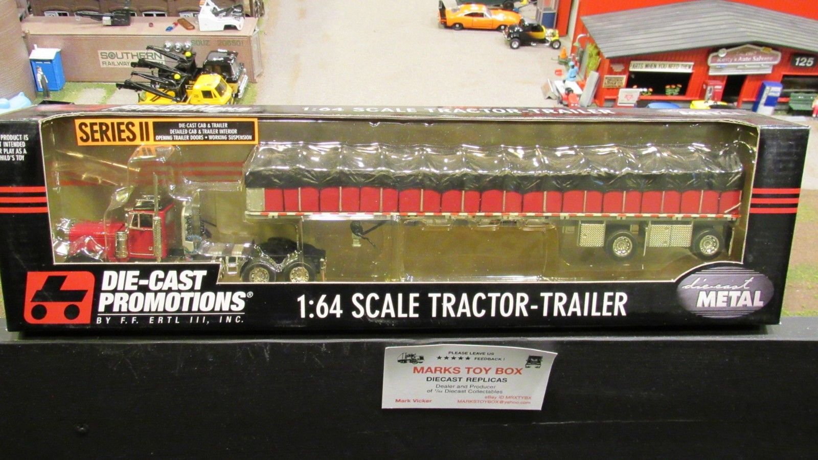 DCP #30631 Benson Trailers PETE 379 SEMI TRUCK COVERED FLATBED TRAILER 1:64/