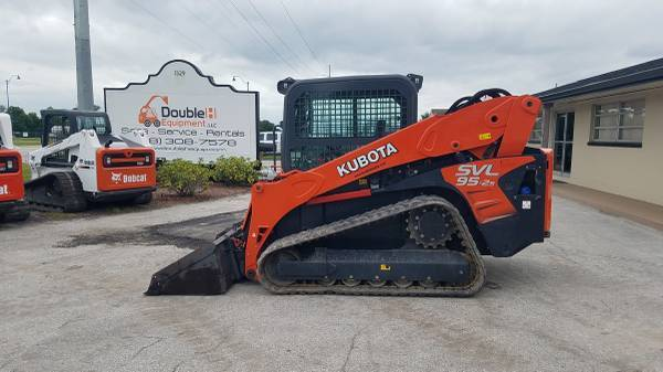 2017 Kubota SVL95-2 EROPS High Flow Skid Steer Financing Available (Wauchula, FL 33873)