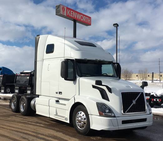 "MULTIPLE 2018 VOLVO VNL670 w/ 61"" SLEEPER, APU & WARRANTY (Menomonie, WI) $105900"