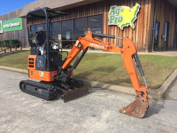 2016 Hitachi ZX17U Mini Excavator with low hours (Call Toby 229-221-4493) $19900