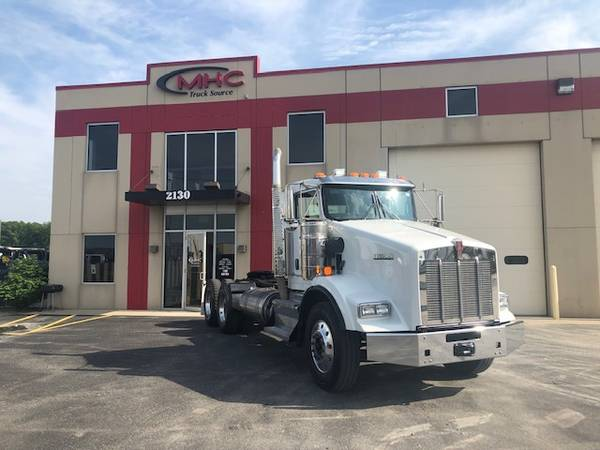 16 Kenworth T800 Heavy Spec Daycab-Miles under 250K $84000